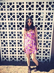 Vintage Dress   Abbey Road Sunnies = Perfect Sprin