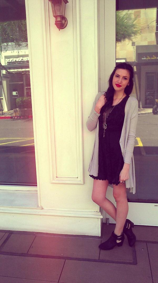 Love Letters Burnout Dress style pic