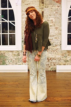 Feeling groovy in the Discharge Bali Flare!