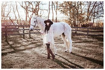 Wanderer-with-Winston-the-beautiful-horse